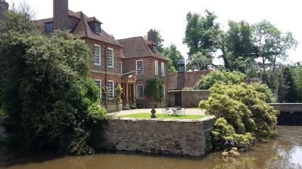 2016 outing Groombridge Place